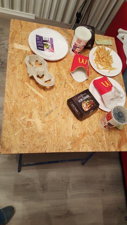 Erstes Abendessen im Haus