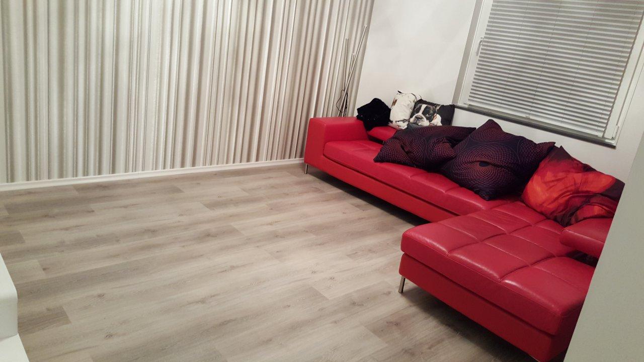 Das Wohnzimmer - Sofa