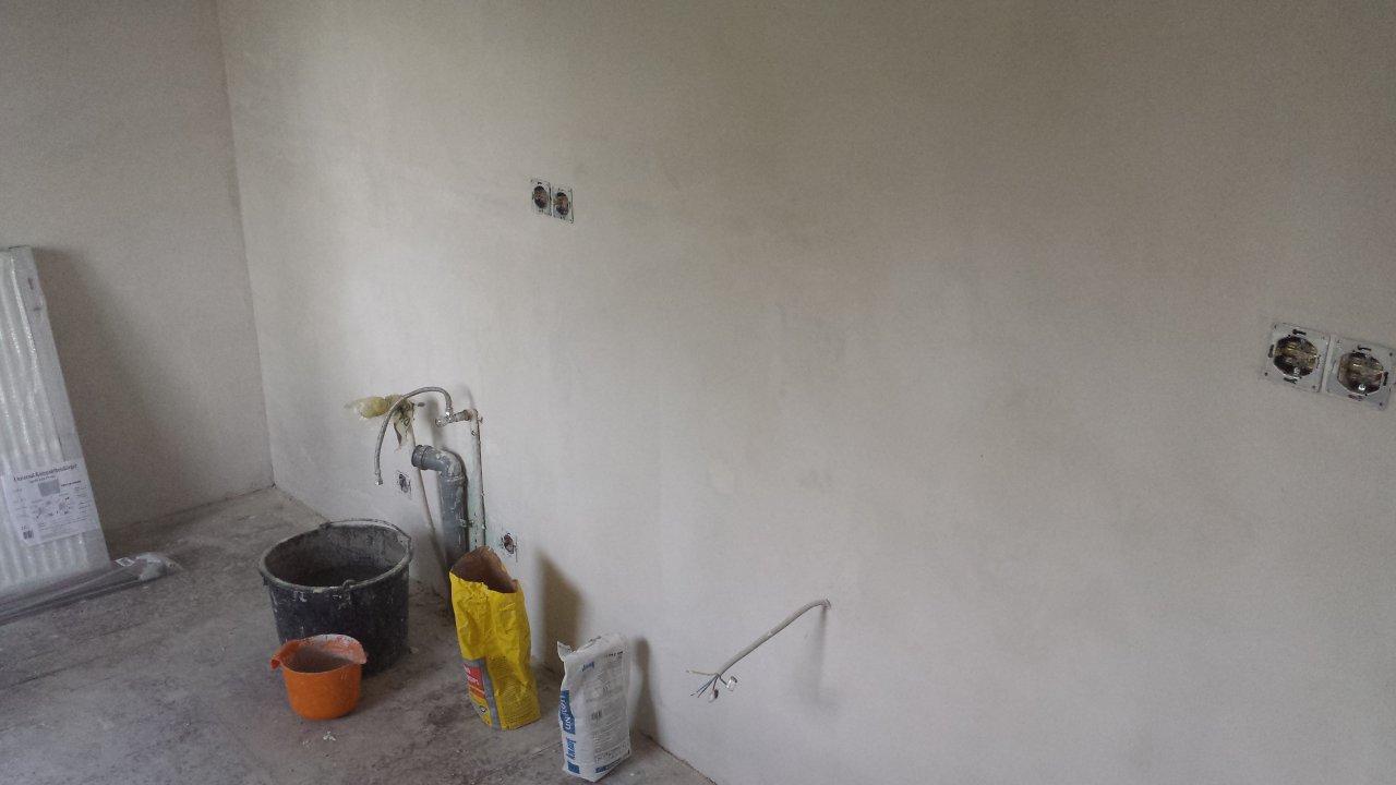 Die Küche - Alle Wände neu verputzt