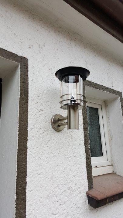 Die Einfahrt - Beleuchtung